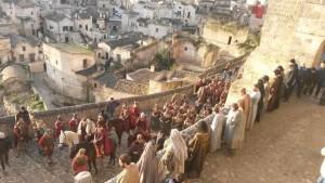 """Una scena dal film """"Ben Hur"""" nei Sassi di Matera"""