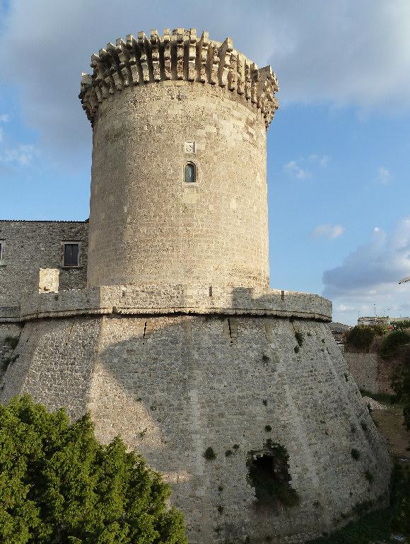 Un bastione del Castello di Venosa