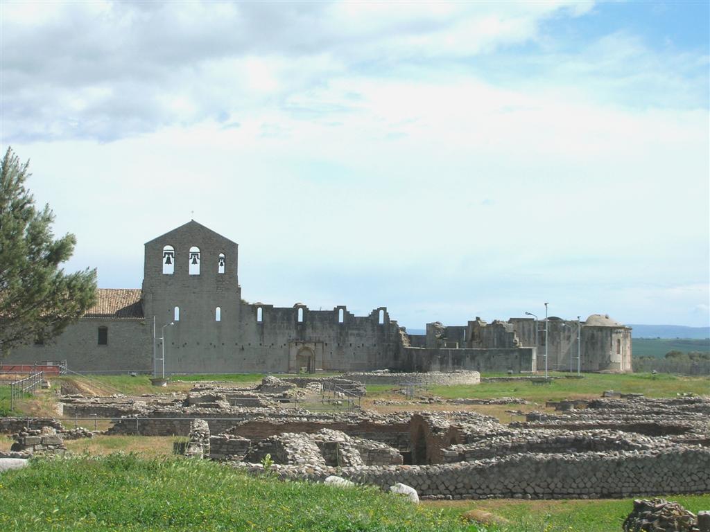 La chiesa della S.S. Trinità di Venosa