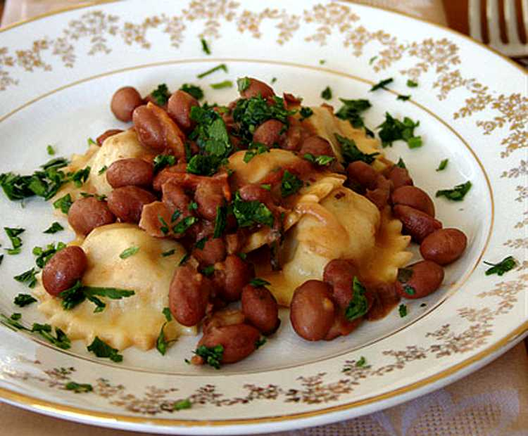 Pasta ripiena di pezzente e fagioli di Sarconi